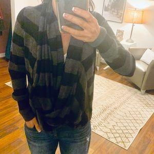 C&C California Cashmere Gray/Black Wrap Sweater XS